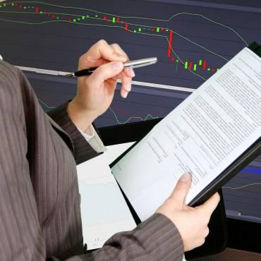 Informació d'Hisenda sobre la prestació de serveis realitzades per una persona física a través d'una societat professional o societats interposades