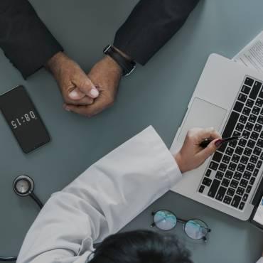 En què consisteix el recàrrec de les prestacions derivades d'accident de treball o malaltia professional?