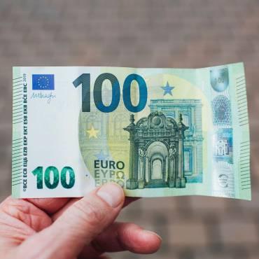 COVID-19. Com presentar l'impost sobre societats si el període impositiu no coincideix amb l'any natural i el volum d'operacions no és superior a 600.000 € en 2019?