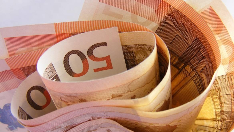 COVID-19. El Govern aprova una nova línia d'avals per import de 40.000 milions per impulsar les noves inversions d'autònoms i empreses