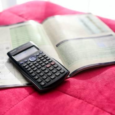 """Nuevos servicios de ayuda sobre deudas: """"Calculadora de plazos de pago"""" y """"Calculadora de intereses y aplazamientos"""""""