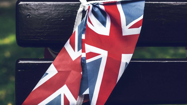 Novedades Brexit: Devolución del IVA a empresarios o profesionales establecidos en Reino Unido y declaraciones aduaneras a presentar en los movimientos de mercancías entre ambos territorios